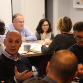 Negocios inclusivos: la necesidad de un paradigma de economía social solidaria