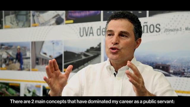 Interviewing Aníbal Gaviria